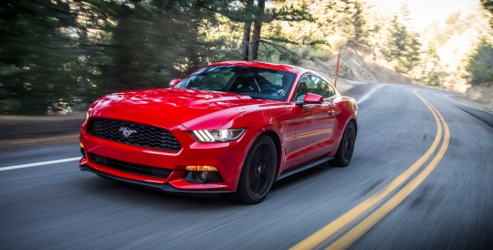 The Legendary Mustang Fast Back 3.7L V6